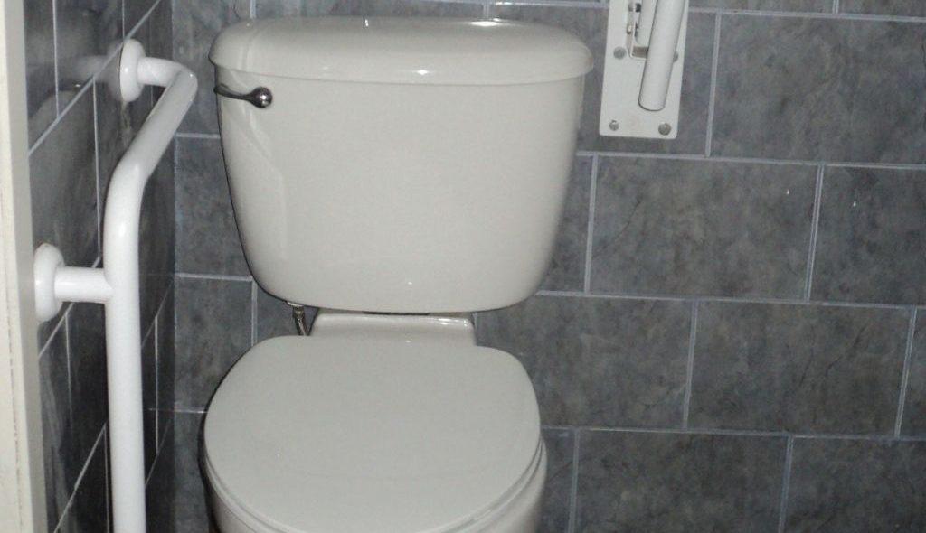 Baño Inclusivo La Posada del Colono (1)